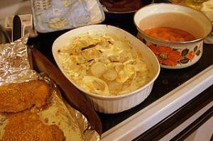 Potatoes_au_gratin_by_sa