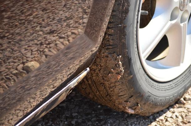 tire-668041_640