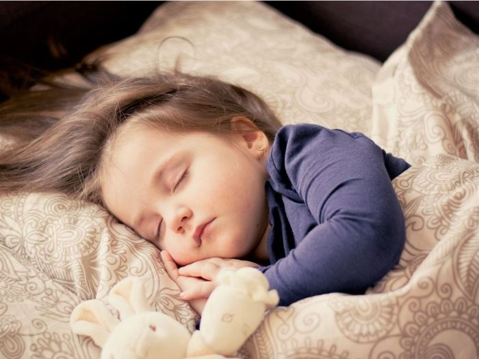 4 Techniques That Teach Children to Keep Their Beds Clean and Made2(1).JPG